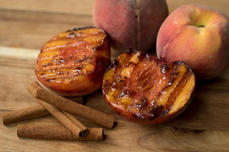 Cinnamon Grilled Peaches Recipe
