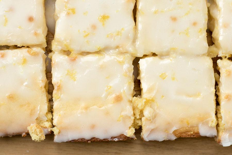 Vanilla Bean Lemon Bars