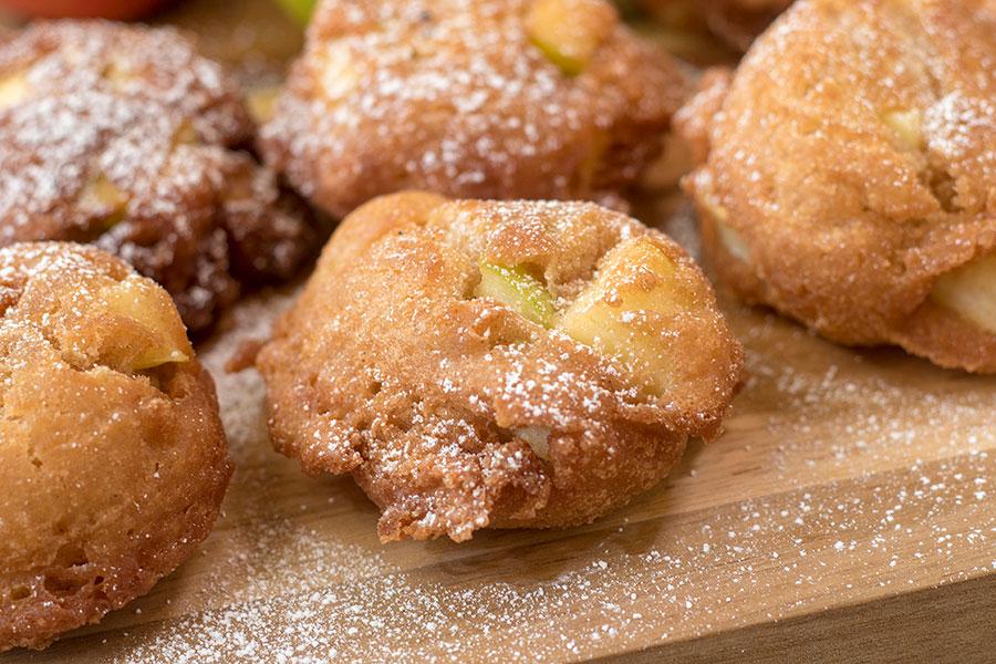Homemade Cinnamon Apple Fritters