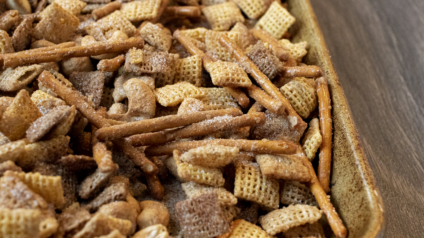 Cinnamon Sugar Chex Mix